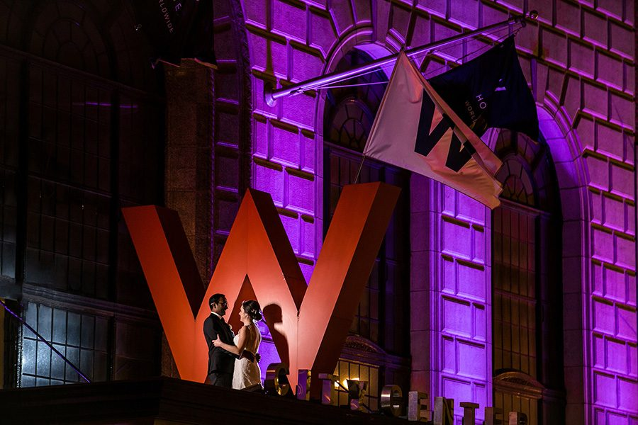 W Chicago city center wedding / Laura & Kavin