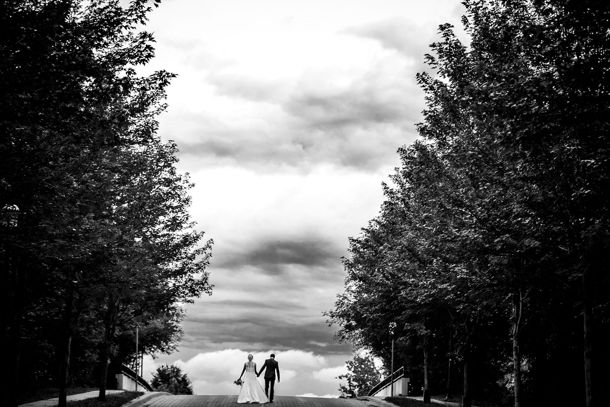 Nicollet Island Pavilion Wedding Minneapolis27