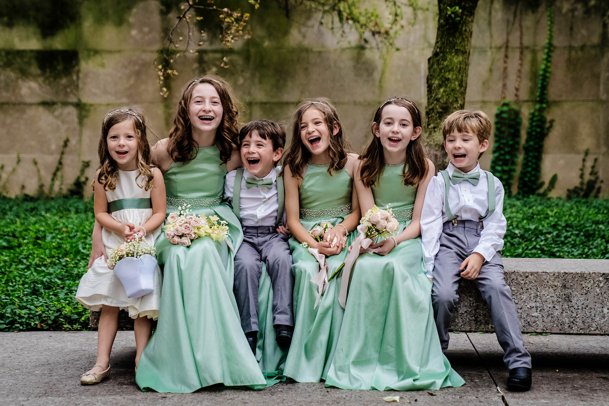 kids on wedding