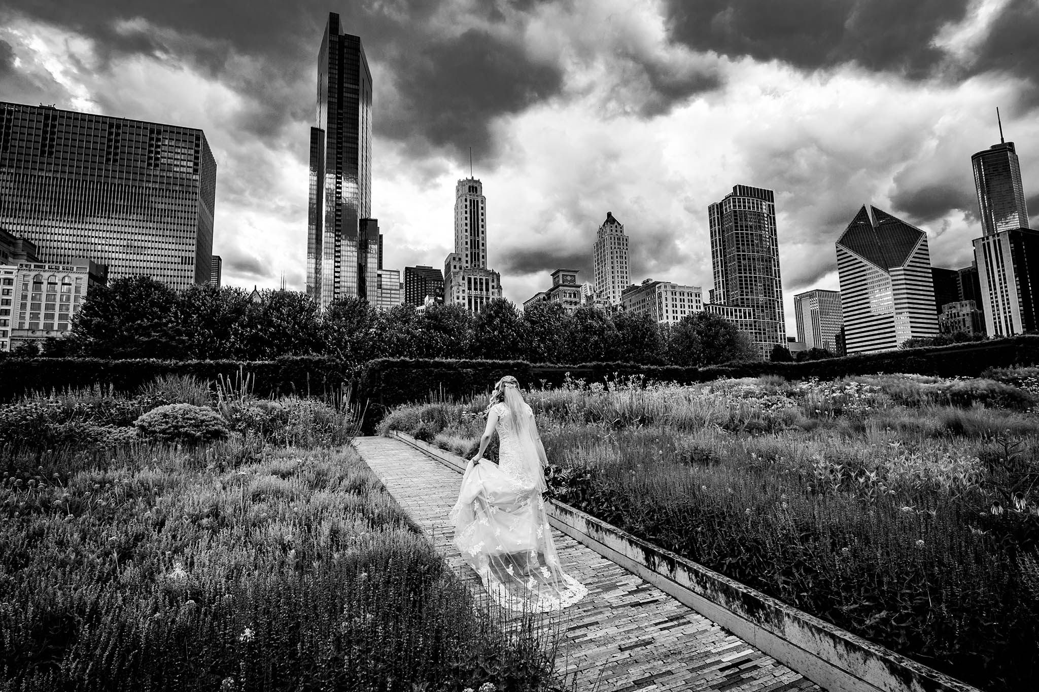 bride at millenium park chicago