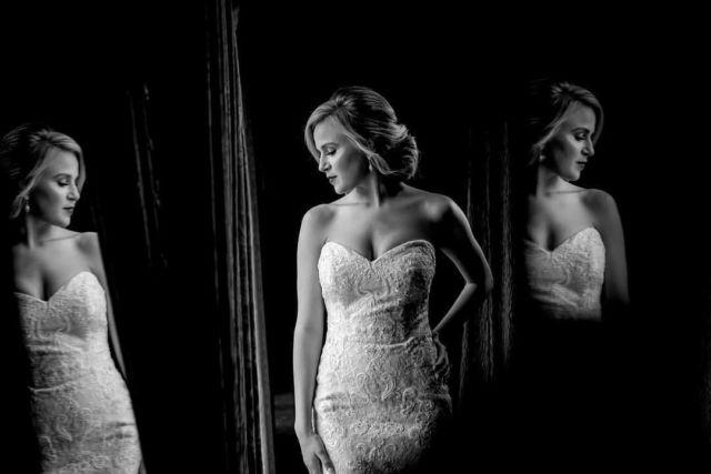 Photo by Tamara #engagementphotos #chicagoweddingphotographer #chicagoengagementphotography #mywedd #wsphotography #artweddingphotography #documentarywedding #chicagowedding #theknot #weddingwire # #beautifulbride #artportrait #engagementchicago #chicagoengagement #engagementshooting #luxorywedding #thecordinatedbride #realwedding #fearlessphoto #weddingphoto #chicagonightphotography